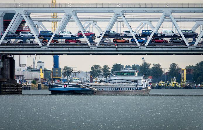 In 2050 moet de Nederlandse binnenvaart emissievrij zijn.