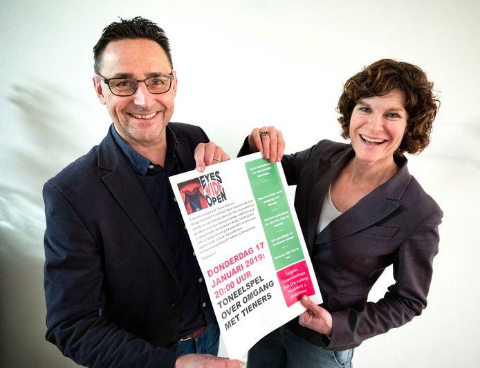 Wim de Laat en Lian Claassen over voorlichtingsavond in Hoogeloon