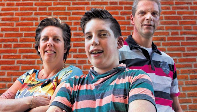 Patrick en zijn ouders Evelien en Marcel