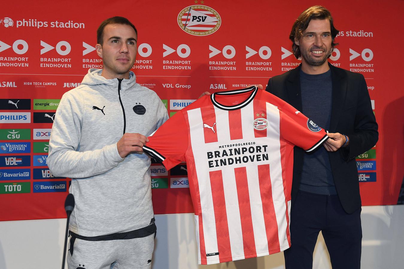 Mario Götze en John de Jong, afgelopen oktober in het Philips Stadion.