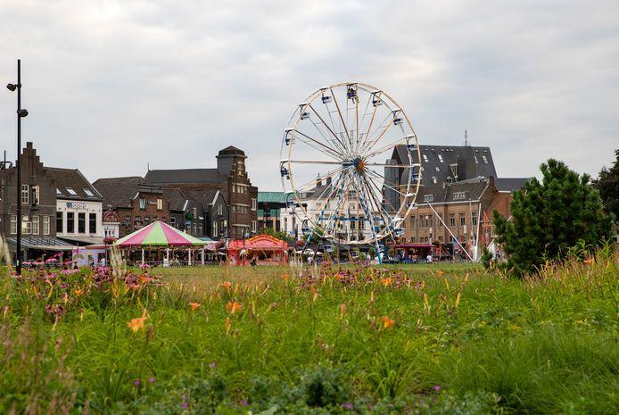 Kermis in het Geukerspark in Helmond.