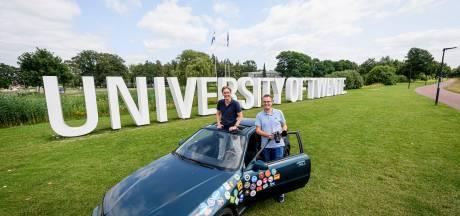 UT-studenten doen alumni-tour door Europa: 'Geen flauw idee of de auto het redt'