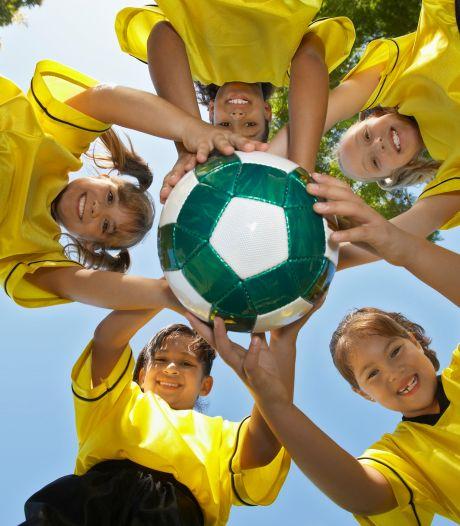 Kinderen proberen zowat alle denkbare sporten uit in Hulst deze zomer