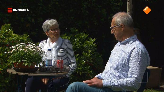 Frans en Ria kunnen soms niet meer genieten van hun tuin door het lawaai.