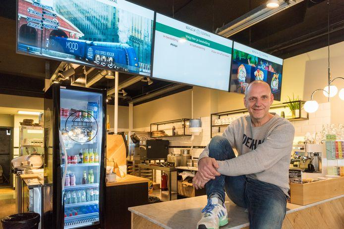 BERGEIJK - Horeca-uitbater Gert Jan van Gerven gaat tijdelijk sushi verkopen van restaurantketen Mood uit Eindhoven.