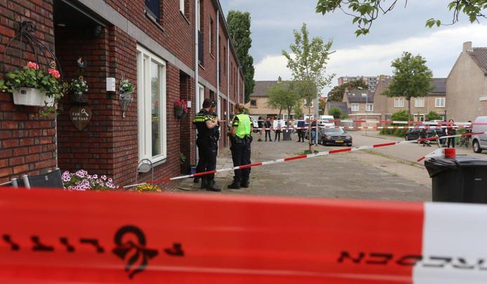 Man steekt echtgenoot dood in Den Bosch.
