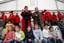 Minister Ella Vogelaar mocht tijdens een bezoek aan de Rivierenwijk in 2008 een ijsbaantje openen.