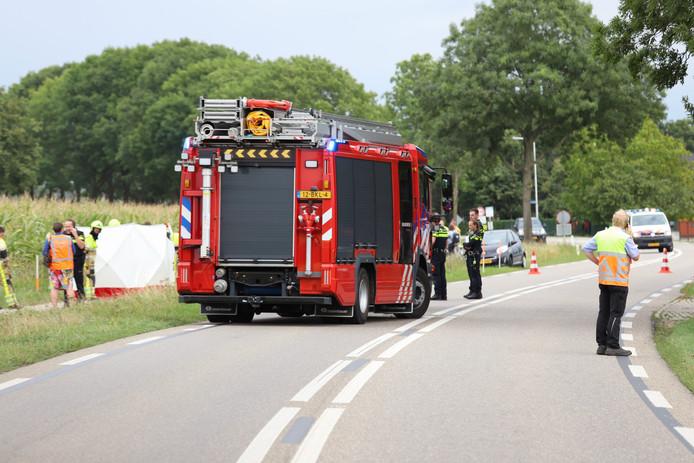 Op de Thornsestraat is een fietser omgekomen na een aanrijding met een auto.