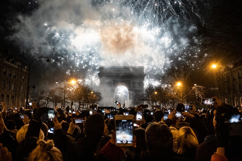 In Parijs werden de jaren 2020 ingezet met vuurwerk boven de Arc de Triomphe. De Franse hoofdstad was in de jaren 1920 samen met New York toonaangevend.