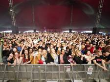 Un concert-test rassemble 5.000 personnes sans masque ni distanciation à Liverpool
