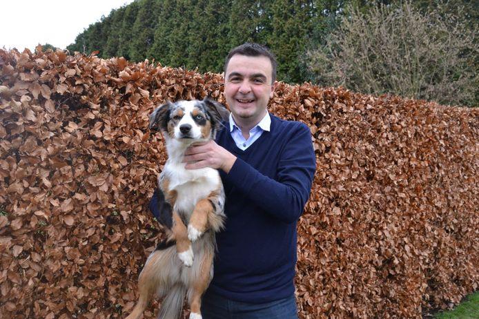 Bert Ceulemans met hond Lola.
