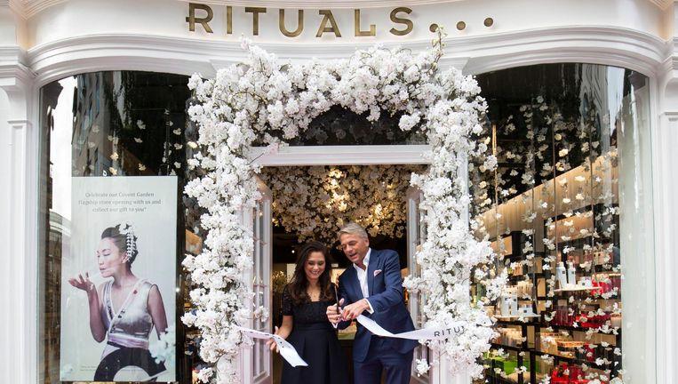 Raymond Cloosterman opent een Ritualsvestiging in Covent Garden in Londen, 2 september 2016 Beeld Getty Images for Rituals