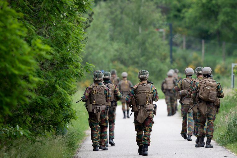 4 juni. Militairen zoeken naar de op 17 mei verdwenen Conings. Beeld Belga