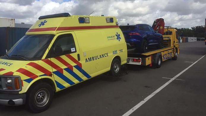 De ambulance werd direct afgevoerd.