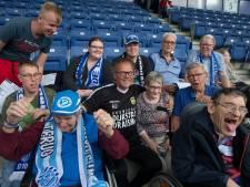 Henk de Jong geroerd door applaus fans De Graafschap