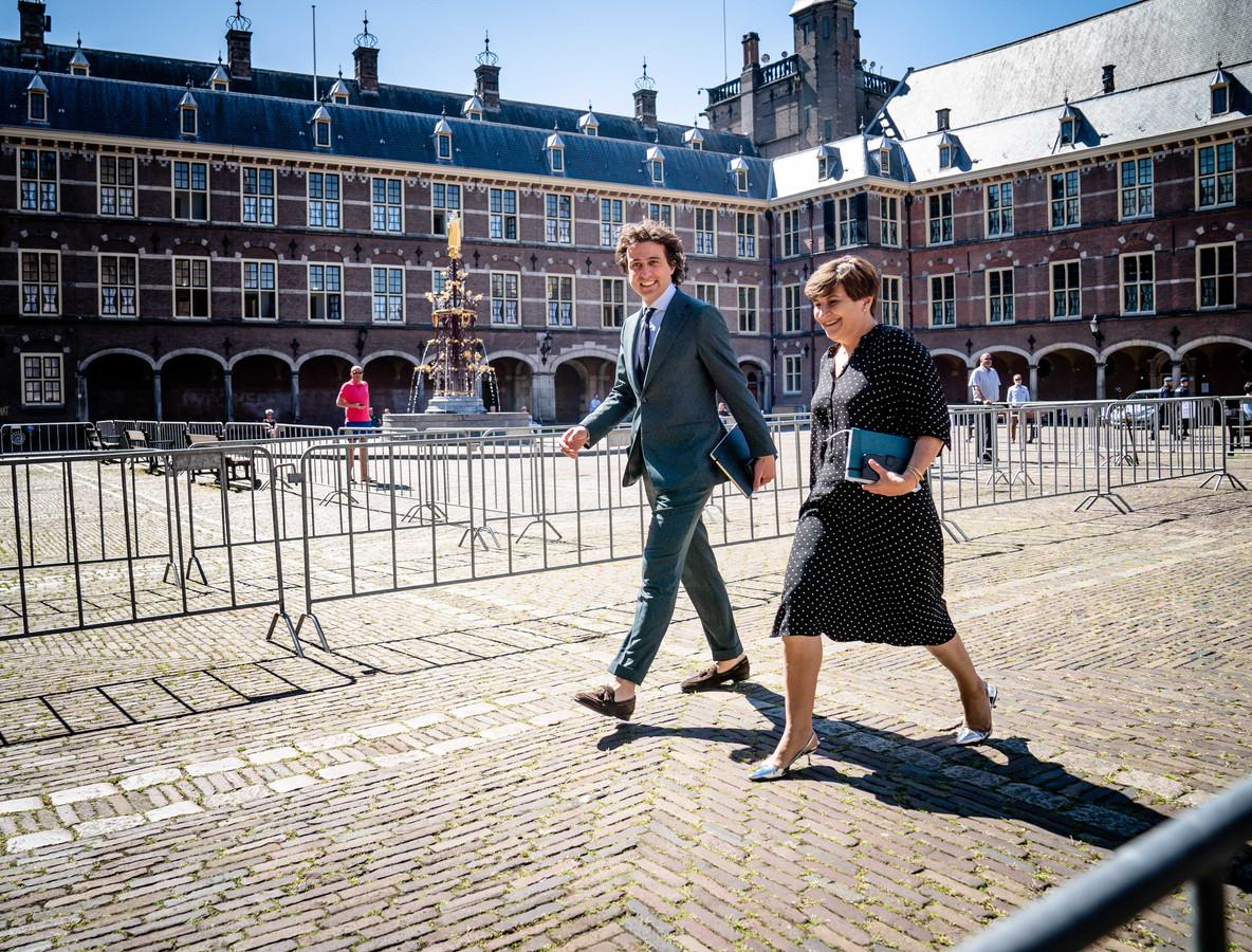 Jesse Klaver (GroenLinks) en Lilianne Ploumen (PvdA) trekken samen op met een plan om de woningcrisis nog vóór de formatie aan te pakken.