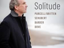 Tenor James Gilchrist omarmt de eenzaamheid met een perfecte dosis passie