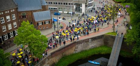 Grote demonstratie tegen Rutte en coronamaatregelen in Den Bosch