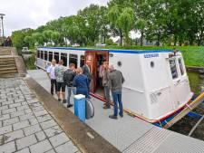 Een reisje langs de Mark, Mark, Mark: eerste rondvaartboot meert af in Oudenbosch