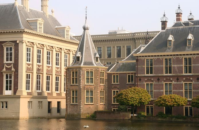 Een Helmonder mailde naar premier Mark Rutte dat hij hem in zijn torentje zou beschieten met een raketwerpen. Dat was 'niet echt zo gemeend', zei hij later.