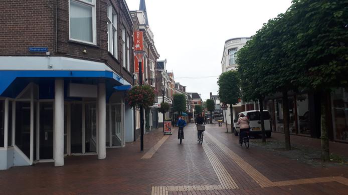Straks rijden er weer auto's in de Grotestraat Noord.
