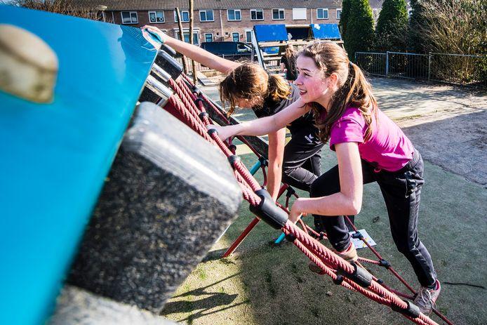 Jongeren gaven zaterdag met een bootcamp bij Basisschool Noord de aftrap voor tal van sportactiviteiten tijdens de krokusvakantie in Berkelland