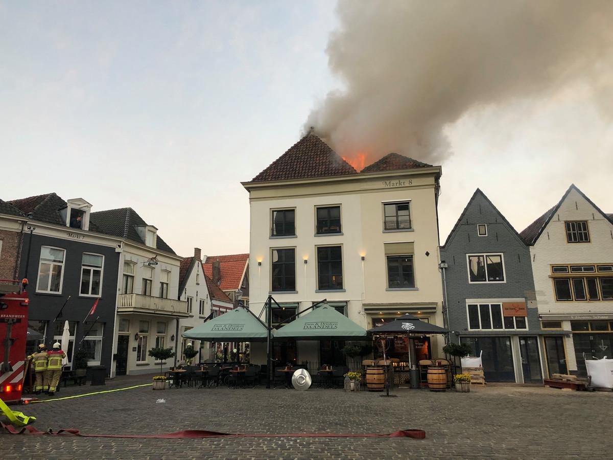 Brand in de binnenstad van Hattem.