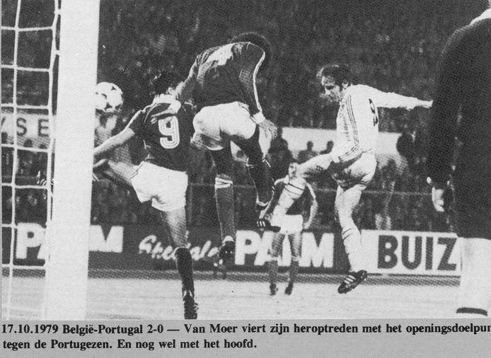 17 oktober 1979: België klopt Portugal in de voorronde van het EK en komt opnieuw in koers voor kwalificatie. Wilfried Van Moer maakt de eerste goal bij zijn rentree in de nationale ploeg na vier jaar afwezigheid...
