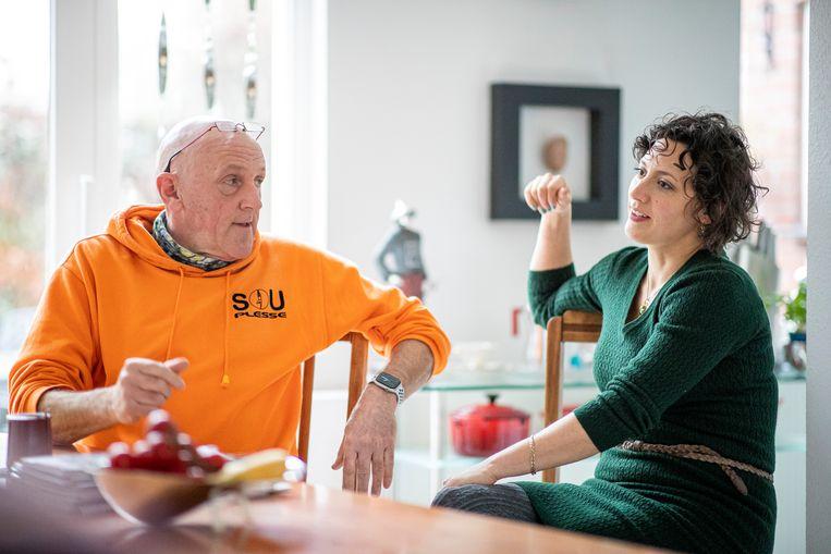Henk van Oijen en dochter Rachel van Beek. Beeld