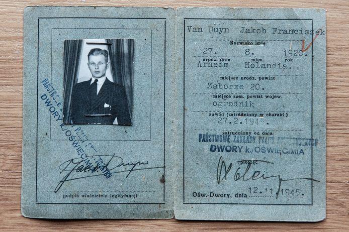 Jaap van Duijn uit Hengelo werkte als tuinman in Auschwitz en waarschuwde als één van de eersten voor het vernietigingskamp wat daar in het geheim was opgezet.