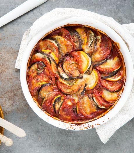 Wat Eten We Vandaag: Ratatouille-ovenschotel met mozzarella