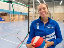 Lizanne Vianen (THOR) heeft vaker een baby dan een bal in handen: 'Als kind al in de ban van geboortes'