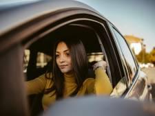 Être étudiant et se rendre à l'école en voiture, combien ça coûte?