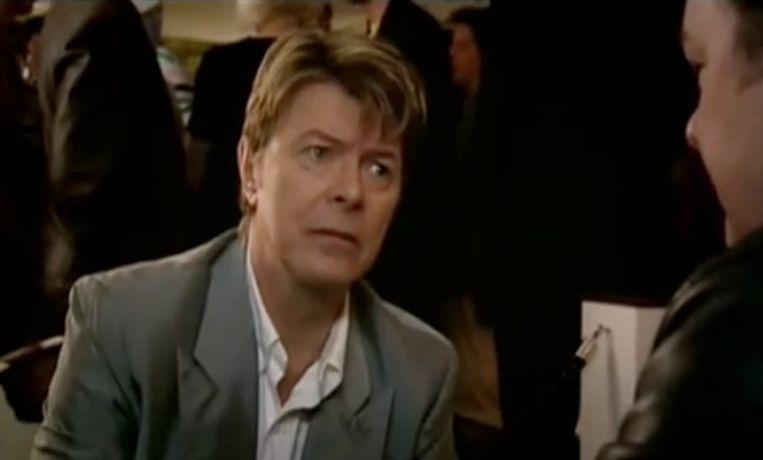 David Bowie in Extras. Beeld rv