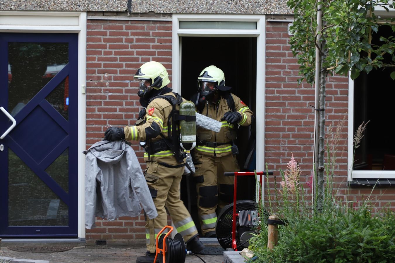 Bewoonster valt in slaap terwijl pan op het vuur staat, brandweer rukt uit naar woning aan de Snipdonk in Veghel.