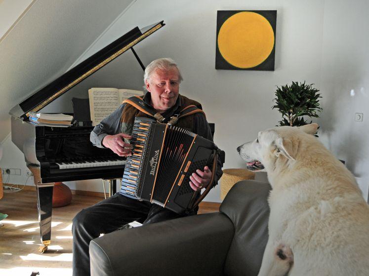 Jarenlang lag de accordeon in de kast, tot er bij een etentje één op zijn schoot werd gezet: 'Het voelde als thuiskomen'
