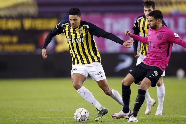 Danilho Doekhi (Vitesse) en Adam Maher (Utrecht) kenden een sterk 2020/21. Beeld ANP