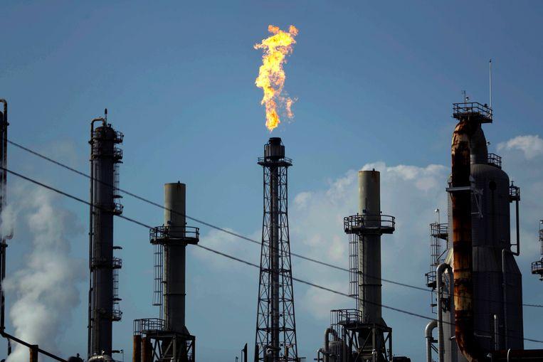 Een olieraffinaderij van Shell in Texas.  Beeld AP