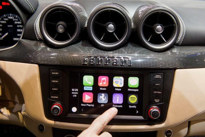CarPlay wordt nu al door miljoenen automobilisten gebruikt om muziek te beluisteren, een route uit te stippelen of te telefoneren.