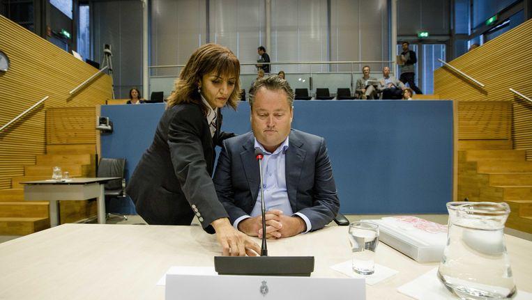 Marcel de Vries, voormalig kasbeheerder bij Vestia, verschijnt voor de Parlementaire Enquetecommissie Woningcorporaties Beeld ANP