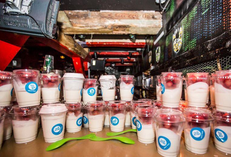 Yoghurt en smoothies in plaats van drank en drugs. Beeld Eva Plevier