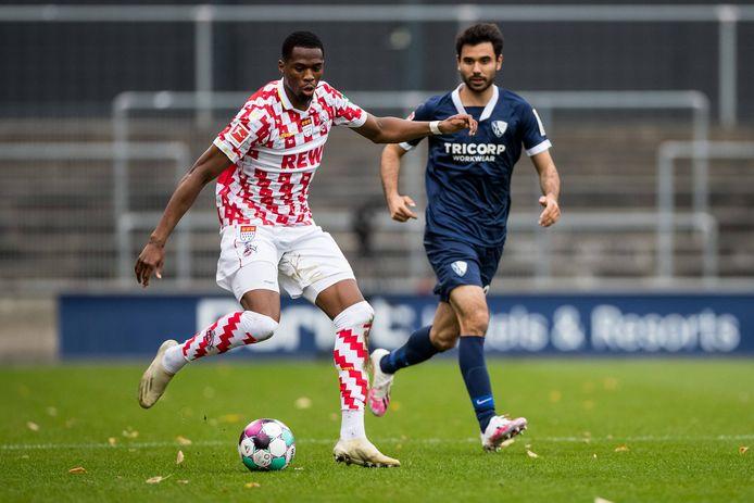 Kingsley Ehizibue - in een oefenwedstrijd tegen VfL Bochum - mag in deze maand vertrekken bij 1.FC Köln.
