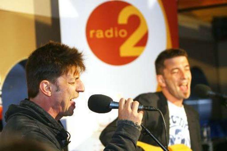 Koen en Kris Wauters treden op bij Radio 2. Beeld UNKNOWN