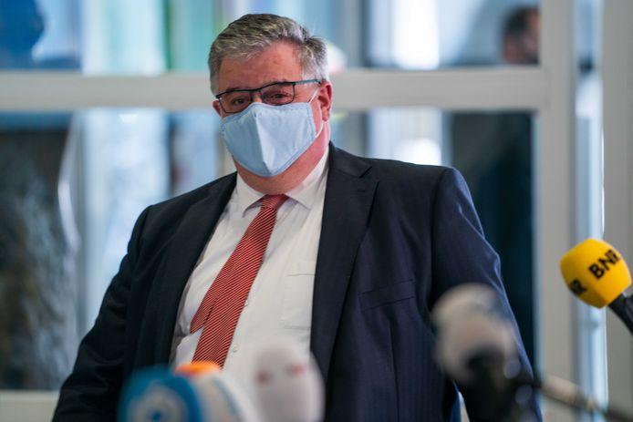 Voorzitter Hubert Bruls van het het Veiligheidsberaad wil dat op 28 april de coronamaatregelen versoepeld worden.