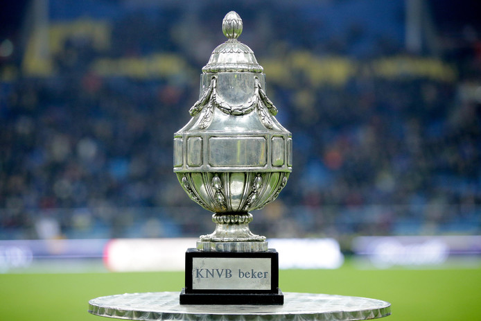 Willem II wordt gesteund door 18.400 fans bij finale in de Kuip.