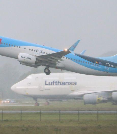 Komende weken veel extra vluchten op en rond Twente Airport