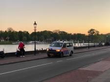 Wellekade in Deventer weer leeg geveegd na 'mini-festival' rond middernacht