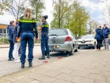 Dronkaard botst tegen geparkeerde auto's in Eindhoven en probeert te vluchten
