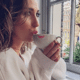 Xelly Cabau deelt romantische eerste 'familiefoto' met haar kleintje