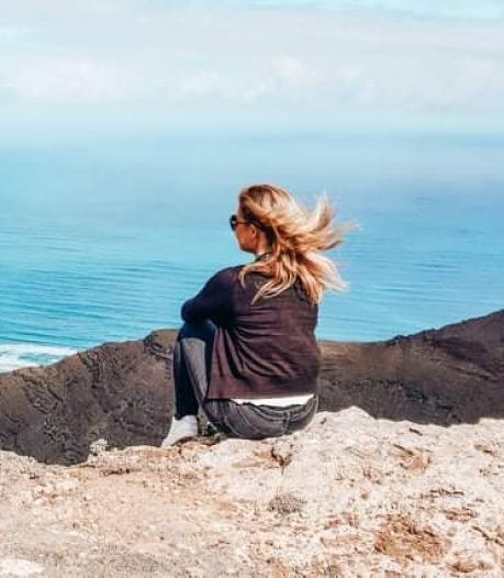 Ze verkocht huis en spullen, werkt nu op Mallorca, maar het lukt Kim (39) nog niet om te sparen